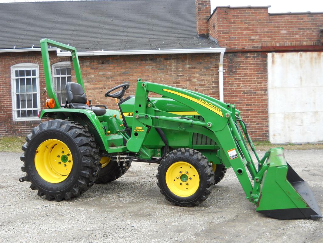 2006 John Deere 790 4x4 Compact Farm Home